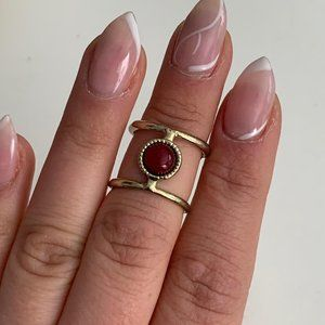 Vintage gold tone midi ring with red bead